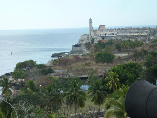 CasavanaCuba: The Fort on the point