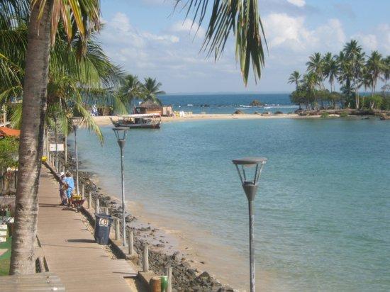 Pousada Farol das Estrelas:                   Vista do mar e da ilha que se tem da varanda
