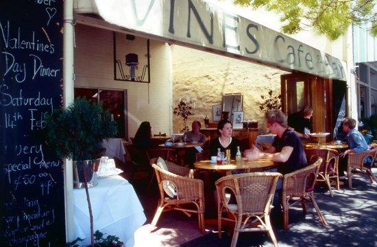 Ararat and Grampians Visitor Information Centre: Vines Cafe