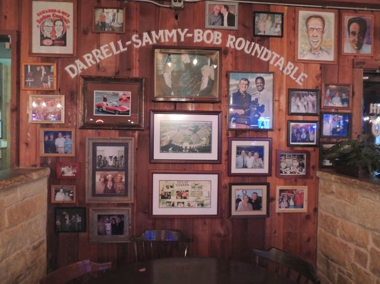 Hill's Cafe : Memorial Booth