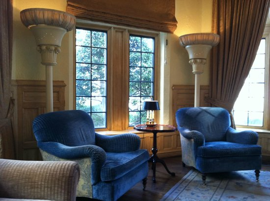 The Henley Park Hotel:                   Sitting room off lobby