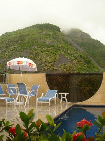 Majestic Rio Palace Hotel: parte de la terraza y piscina
