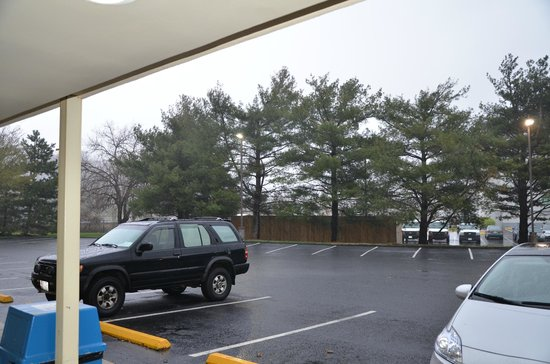 Best Western Annapolis: Parking