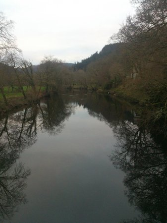Maes-y-Garth: view from the bridge