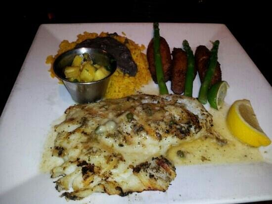 Sunset Grill at Little Harbor:                                                                         Grouper