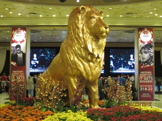 MGM Grand Hotel and Casino:                   MGM Lion