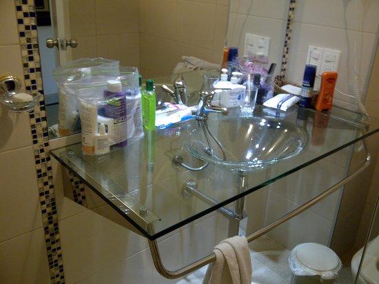 Hostal de la Candelaria:                   Baño