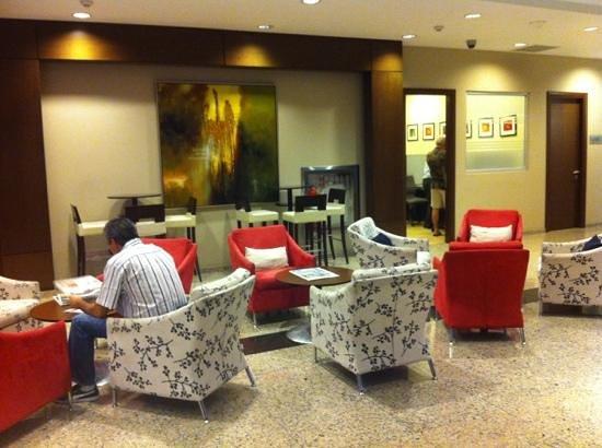 Hotel Ciudad de David:                   hall