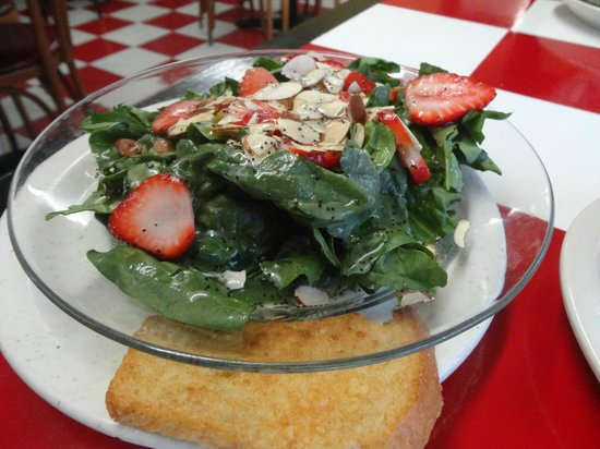 Kathleen's Kitchen:                   Spinach and Strawberry Salad.....YUM