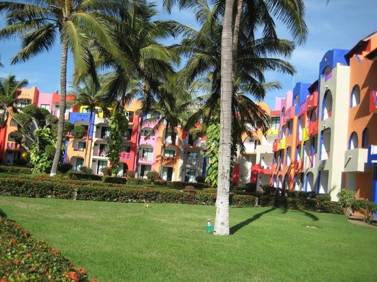 Royal Decameron Complex:                   Grounds/Bright buildings