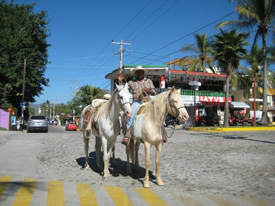 Royal Decameron Complex:                   Locals
