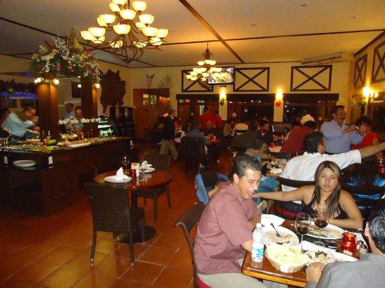 Terrazas Restaurante Parrilla Libre:                   el salòn