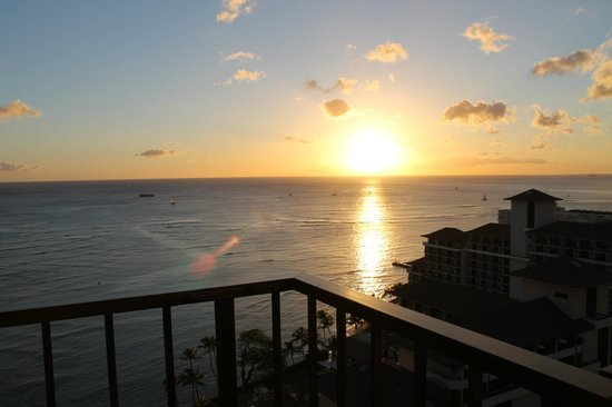 Waikiki Parc Hotel:                   The amazing view made up for the lack of room space.