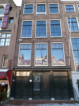 finestre picture of anne frank house amsterdam