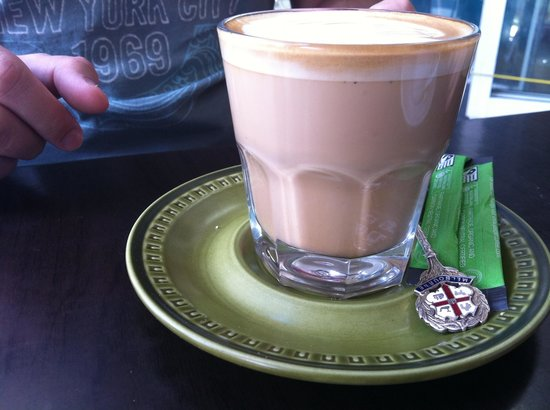 Nice Cafe:                   Latte