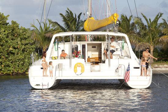 Sailing Yacht Aventura