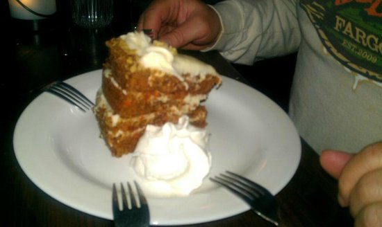 Crooked Spoon Cafe :                   Carrot cake