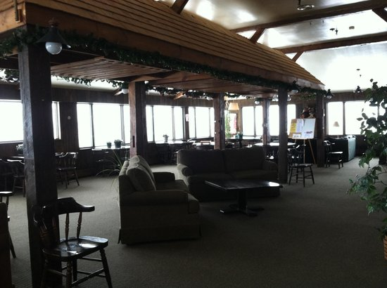 The Mountainview Resort :                   Main Lodge 'gathering room'