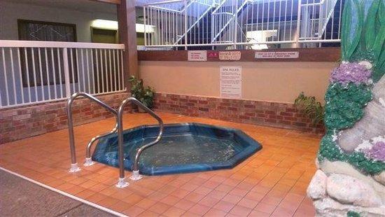 Ramada Ankeny: Hotel Whirlpool