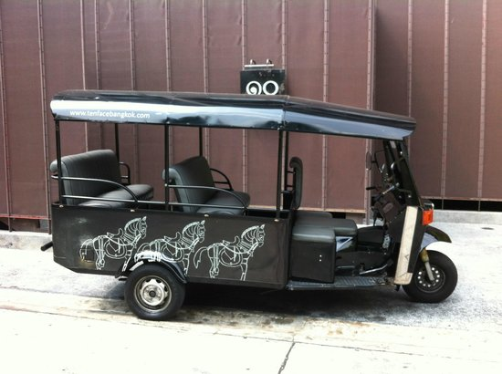 Tenface Bangkok:                   The wonderful Tenface Tuk Tuk
