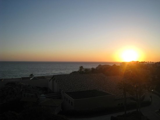 Pueblo Bonito Sunset Beach Golf & Spa Resort:                   sunset from our room