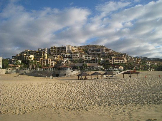 Pueblo Bonito Sunset Beach Golf & Spa Resort:                   View from the beach