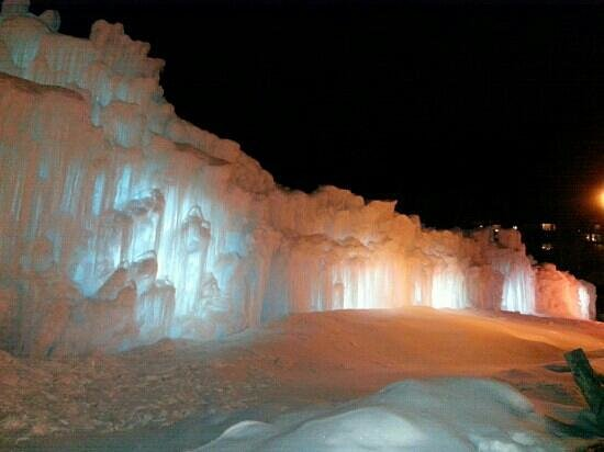 Silverthorne, Κολοράντο:                   Ice castles at night