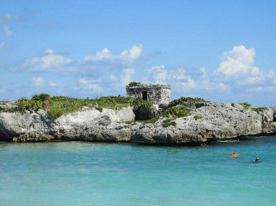 Grand Sirenis Riviera Maya Resort & Spa:                   Mayan ruin on beach