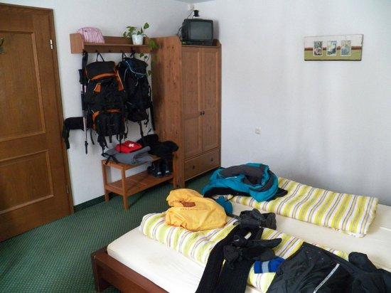 Zum Kirchenbauer: inside our room.