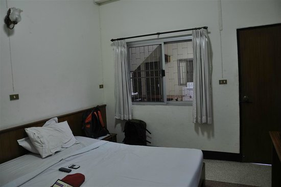 Safe House Court: Double Room