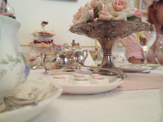 Tea & Niceties:                   Table Setting