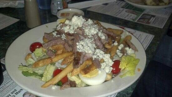 The Metro Diner: The Pittsburgh Steak Salad