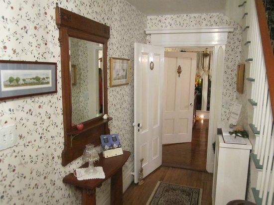 Camden Maine Stay Inn: Smith Robinson Room