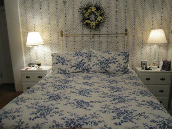 Camden Maine Stay Inn : Smith Robinson Room