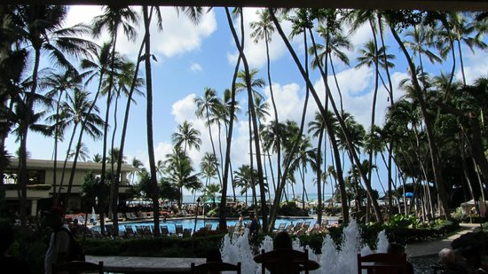 Hilton Hawaiian Village Waikiki Beach Resort:                   Pool area