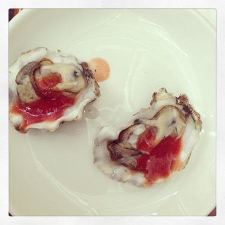 Promenade:                   oyster time!