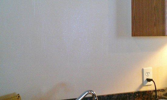 Inns Of Banff:                   Dirty kitchen walls