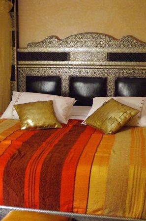 Riad Princesse du Desert:                   ベッド