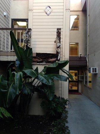 Aloft Sunnyvale:                                     broken staircase