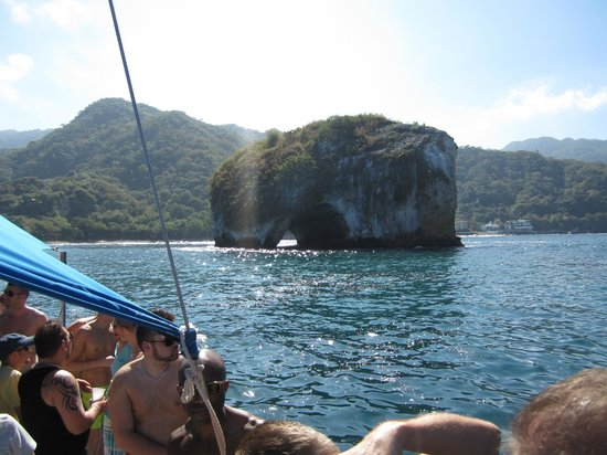 Diana's Tours:                                     beautiful rock formations near the snorkeling area