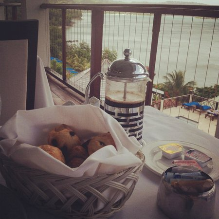 Calabash Cove Resort and Spa:                   pain au chocolat