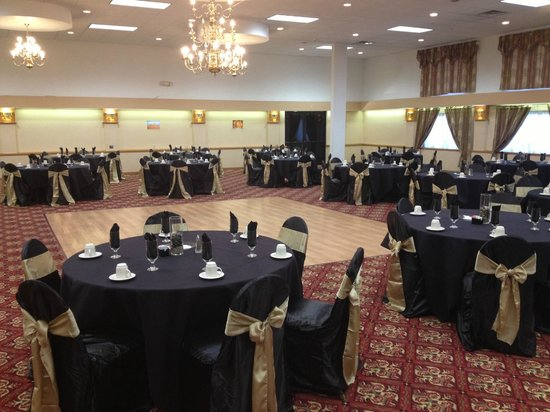 Ramada Cortland Hotel and Conference Center: Ballroom