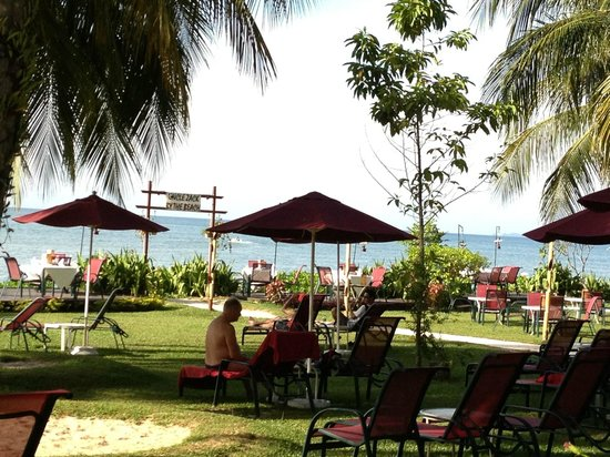 PARKROYAL Penang Resort, Malaysia: Magnificent sea view from grounds