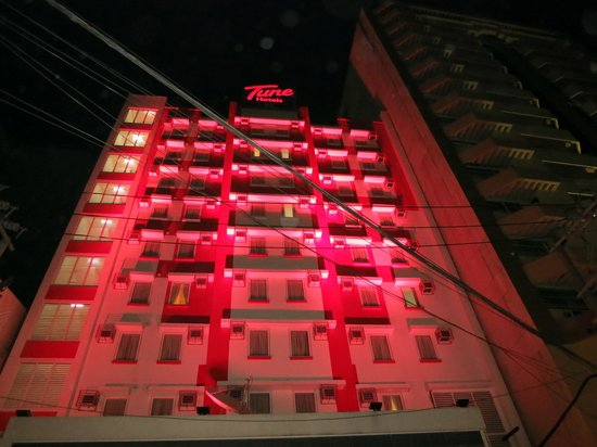 Red Planet Ermita, Manila:                                     Tune Hotel at Night