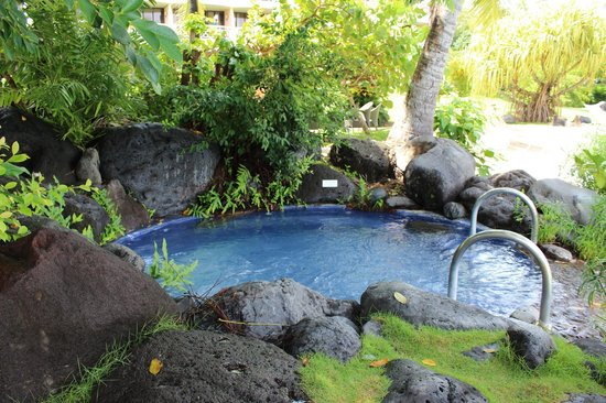 InterContinental Tahiti Resort & Spa:                                     hot tub