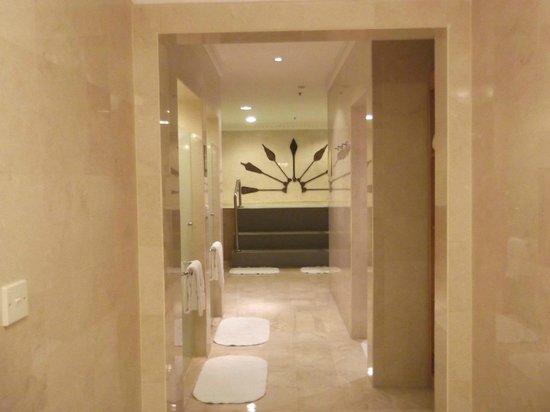 The Ritz-Carlton, Kuala Lumpur: Spa / Ladies Locker Room