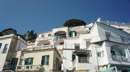 Hotel Marina Riviera: Neighbors