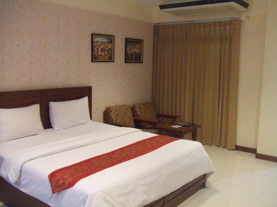 True Siam Phayathai Hotel:                   とにかく広い