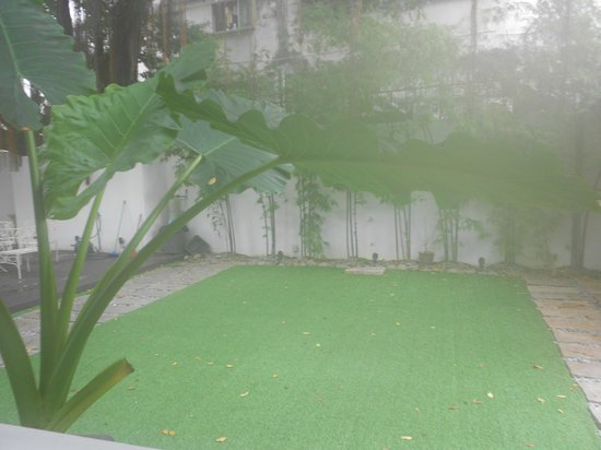 The Yard Boutique Hotel KL: Courtyard view