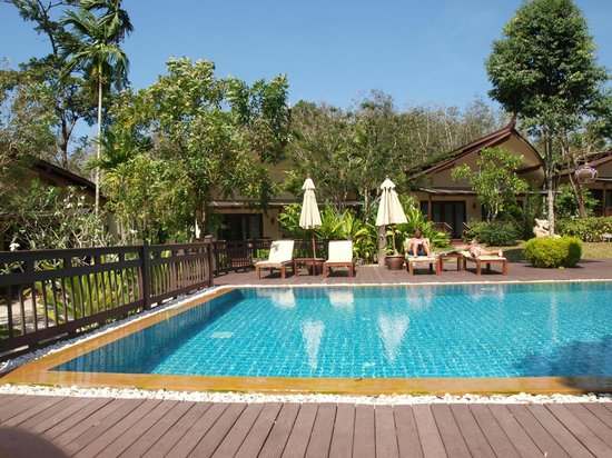 Aonang Phu Petra Resort, Krabi:                   The Pool from the breakfast tables